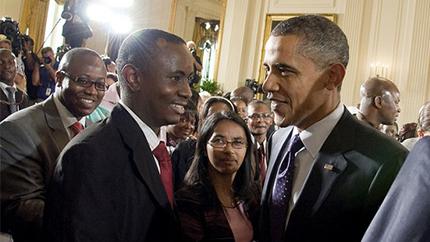 Mundia Paul Hakoola meets U.S. President Barack Obama at the White House